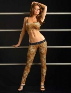 Tank Top and Legging 230x300 Feeling confident by the sexiest clubwear