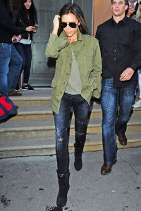 image 2 200x300 This Is Victoria Beckhams Definition of LazyGirl
